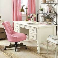 blush pink tufted desk chair on the hunt