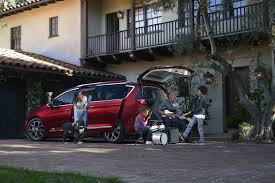 6 things you didn u0027t know about the 2017 chrysler pacifica