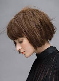 edgy bob hairstyle cool edgy bob with bangs not sure if i could pull it off but saw