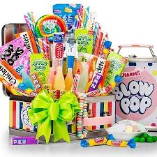 candy gift basket retro candy deluxe assortment candy gifts arttowngifts