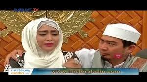 tutorial hijab turban ala april jasmine april jasmine jalani operasi alami pembengkakan dalam rahim youtube