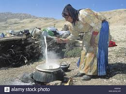 iran close shiraz yasuj mountainous country fireplace woman