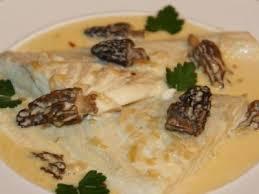 cuisiner le sandre filets de sandre aux morilles et vin jaune recette ptitchef