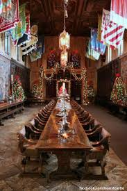 A Hearst Castle Christmas A Grand Backdrop For Decorating Sure - Hearst castle dining room