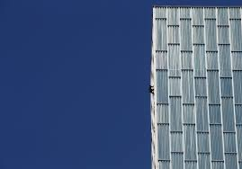 lexus commercial hotel french spiderman climbs 29 story spanish hotel without ropes wjla