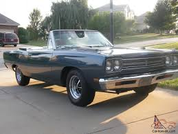 plymouth roadrunner road runner convertible 383 4 speed
