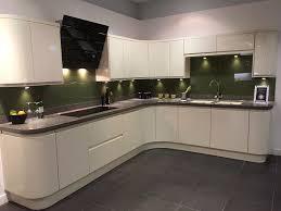 magnet kitchens ex display planar cream kitchen in tunbridge