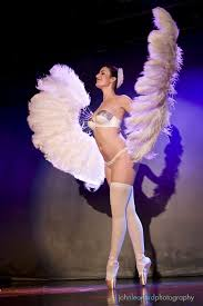 burlesque feather fans hire a feather fan performance sugar blue burlesque