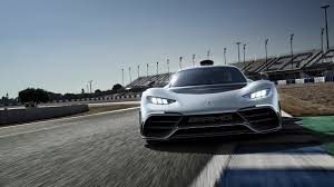 aston martin hypercar hyperfight mercedes amg project one vs aston martin valkyrie