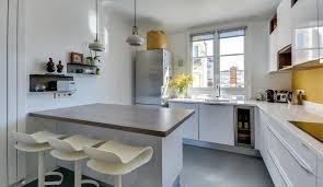modeles de petites cuisines modernes cuisine moderne avec îlot en épi modèle harmonie