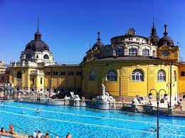 bagno termale e piscina széchenyi luoghi da non perdere budapest bagni termali szechenyi e gellért