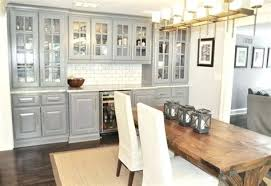 villa cuisine cuisine gris bois cuisine style style villa cuisine gris fonce et