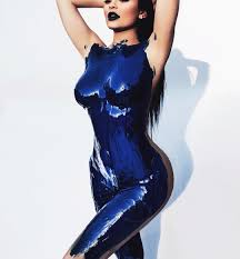 kylie jenner in blue paint u0026 more kardashian election day
