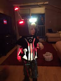 Tron Halloween Costume Light Up by Led Lit Tron V2 0 Suit 13 Steps With Pictures