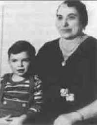 English  A photo of young Al Capone with his mother WriteWork