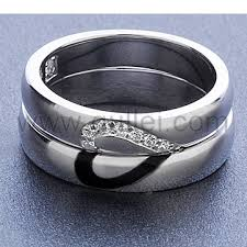 personalized rings for personalized engravable half heart wedding rings for couples