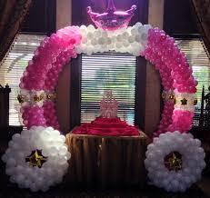 princess carriage centerpiece princess party theme princess balloon columns princess balloon arch