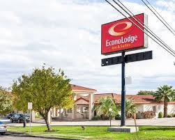 Hotels Near Fiesta Texas Six Flags San Antonio Econo Lodge Inn U0026 Suites Fiesta Park 33 Photos Hotels 13575