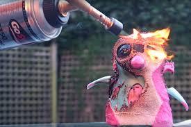 youtube star dan middleton aka dantdm under fire for burning toy