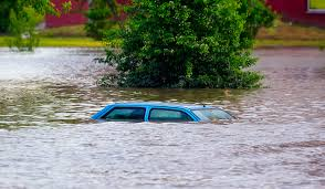 How Long Does Wet Carpet Take To Dry My Car Was In A Flood How To Dry Out Your Car Ifs