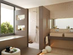 wandfarben badezimmer ideen für ein modernes badezimmer design mit praktischen fliesen