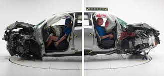 si e auto crash test list of safety picks dings some cars for a failure to illuminate