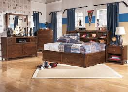 Bedroom Ideas Red Carpet Boys Bedrooms With Bunk Beds Colorful Fur Rugs White Rectangular