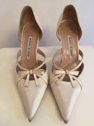 ivory satin wedding shoes manolo blahnik wedding shoes up to 70 at tradesy