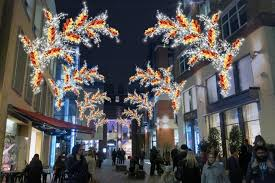 london christmas lights 2016 when and where to watch all the