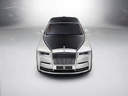 rolls royce white convertible dark night rises rolls royce dawn black badge revealed at