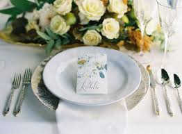 Place Cards Wedding 11 Of Our Favorite Diy Wedding Place Card Ideas Weddingomania