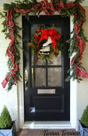 Outdoor Christmas Garland by 228 Best Christmas Porches Images On Pinterest Christmas Time