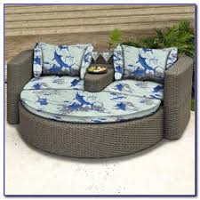 outdoor wicker patio furniture round canopy bed daybed patios