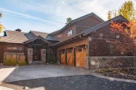 custom home garage caldera springs home builder steve bennett builders