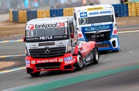 mercedes truck 2016 race trucks pictures high resolution semi truck racing galleries