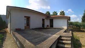 chiudere veranda chiudere la veranda con pvc e tetto in legno oppure no