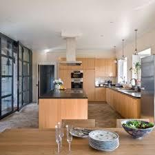 cuisine ouverte sur s駛our reportage une cuisine de 45m2 sur cour côté maison
