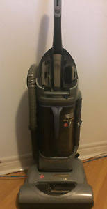 hoover air lift light uh72540 hoover vacuum upright bagless buy or sell home appliances in