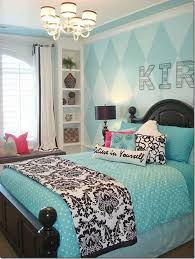 bedroom ideas for best 25 damask bedroom ideas on themed bedrooms