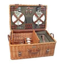 picnic basket for 4 traditional picnic baskets for less houzz