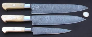 handcrafted kitchen knives set of three handcrafted damask knives 1 wide 1 medium