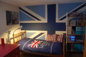 tapisserie pour chambre ado fille chambre ado originale le style urban graffiti pour une chambre