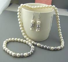 diamond necklace gift images Shiny wedding jewelry bracelet necklace earrings pearls JPG
