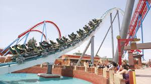 6 Flags Hours Not Again Six Flags Roller Coaster Leaves People Stuck In The Air