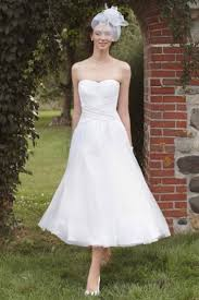 casual rustic wedding dresses strapless casual white tea length a line rustic wedding dress