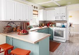 kitchens designs ideas kitchen design ideas 20 smart ideas customize with crown moulding