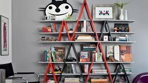 Diy Ladder Bookshelf Diy Ladder Bookshelves