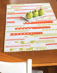 Modern Table Runners Modge Podge U2013easy Modern Quilted Table Runner
