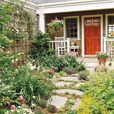 traditional landscaping ideas for small front yard design with