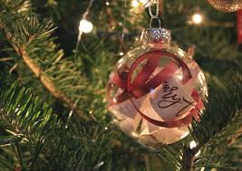 how to make a diy christmas ornament with your wedding invitation